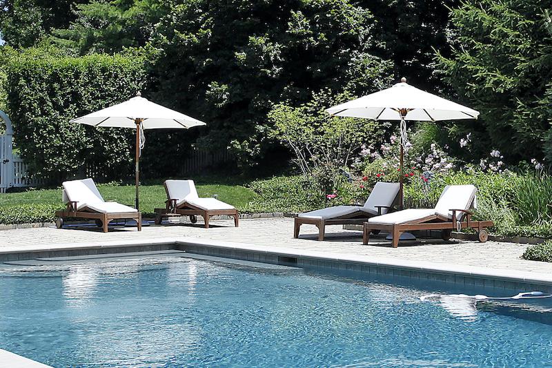best outdoor pool umbrella